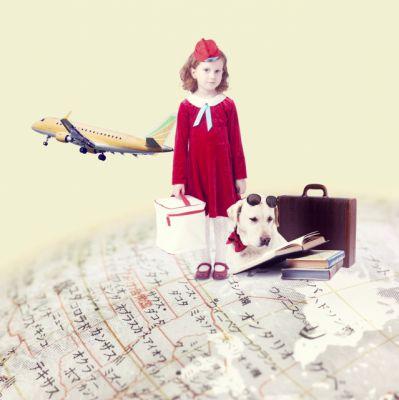 地球を旅する女の子