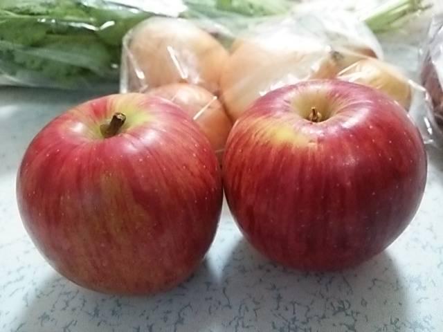 奇跡のリンゴ2個